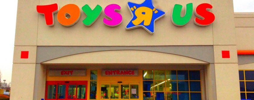 Toys 'R' Us Launch Massive Closing Down Sale